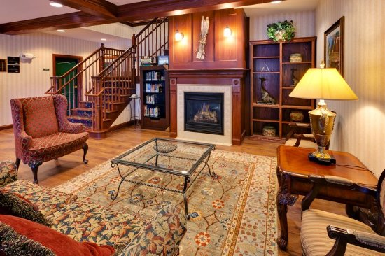 Country Inn & Suites by Radisson, Lake George (Queensbury), NY: Lobby