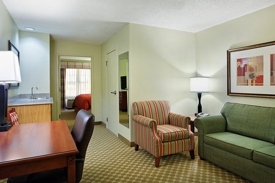 Country Inn & Suites by Radisson, Rock Falls, IL: Suite
