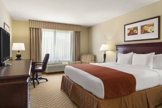 Country Inn Hotels In Savannah Ga Tripadvisor