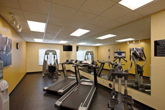 Country Inn & Suites by Radisson, Tucson City Center, AZ: Health club