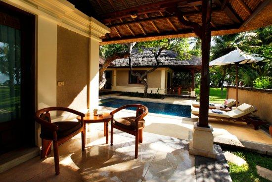 Pemaron, Indonésie : Duplex Suite Private Pool Sitting Area