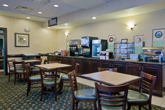 Country Inn & Suites by Radisson, Newport News South, VA : Restaurant