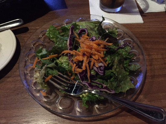 Melrose Grill : House salad with balsamic vinegarette