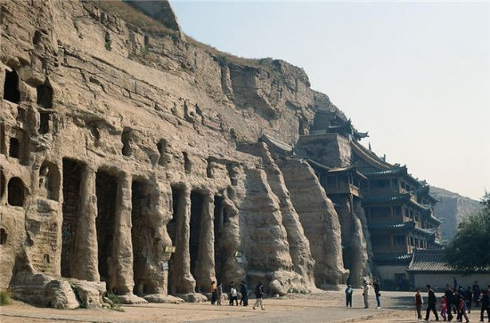 Private Datong Yungang Grottoes Day