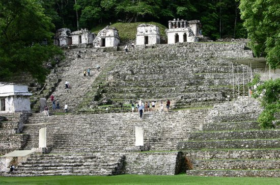 Small-Group Full-Day Tour of Bonampak...