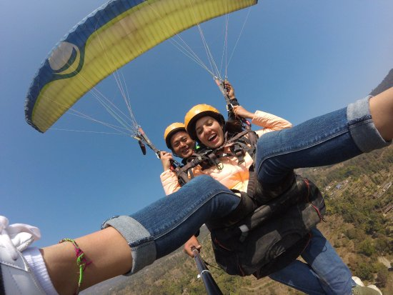 Lake Valley Paragliding