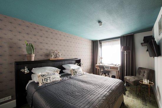Hotel Piet Hein Smoking Rooms