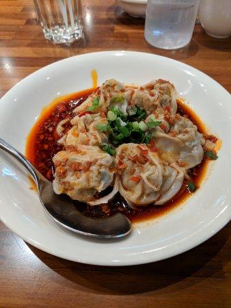 pork dumplings in spicy sauce picture of taste paradise singapore tripadvisor. Black Bedroom Furniture Sets. Home Design Ideas