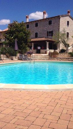 Kanfanar, كرواتيا: Pool 2