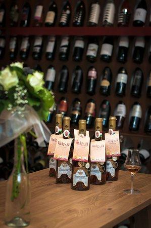 Champion Wine Vinarium&Gastro Boutique