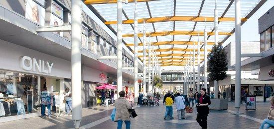 Eindhoven, The Netherlands: Winkelcentrum WoensXL