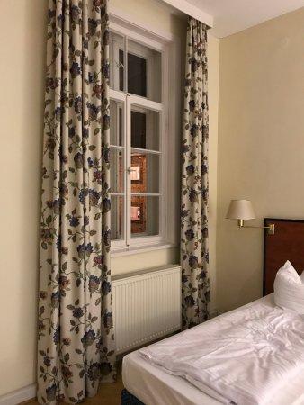 Wennigsen, Alemania: 窗户有两个