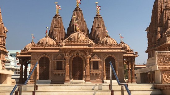 Valsad, Inde : Temple view from beach side