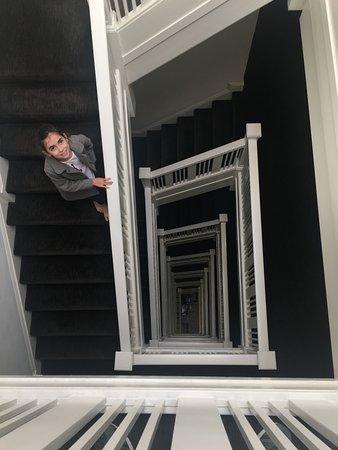Hotel Vertigo: A famosa escada