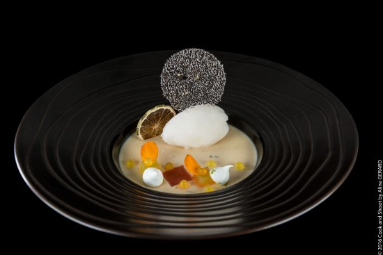Chateau de la Begude: Dessert du restaurant gastronomique