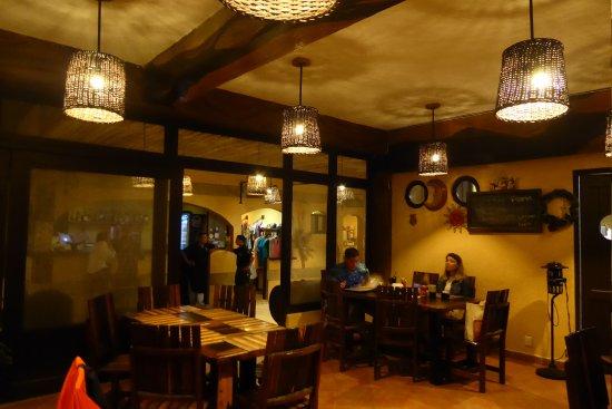 Luna de Plata: El restaurante