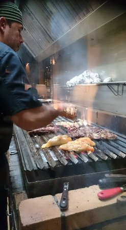 El Boliche del Gordo Cabrera: kitchen