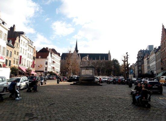 Place du Grand Sablon: Площадь Гран Саблон