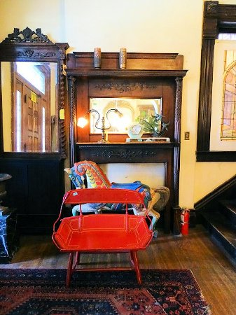 Architectural Salvage U0026 Antiques: Inside Victorian House Section
