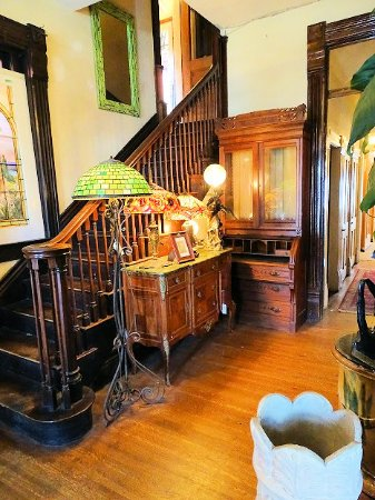 Architectural Salvage Antiques Inside Victorian House Section