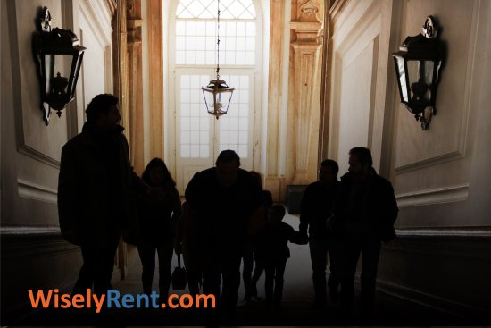 WiselyRent: Tour Mafra
