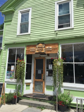 Trumansburg, NY: Storefront