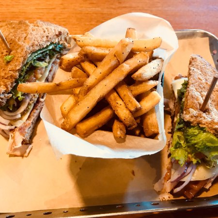 Batesville, MS: California Club Sandwich