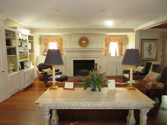 The Farmhouse at Veritas: Main Floor living room