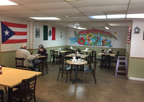 Ponce Restaurant Main Dining Area 6130 15th Street E