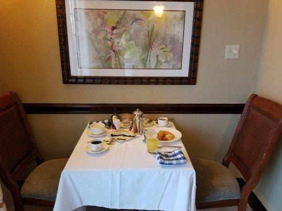 Sandals Royal Plantation: Room Service Breakfast