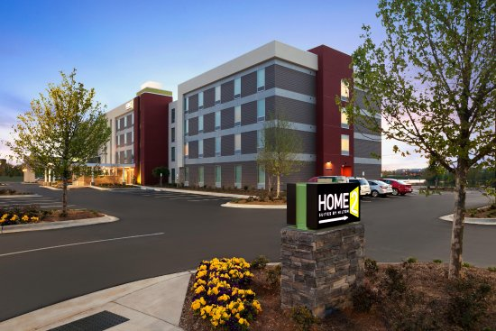 Home2 Suites by Hilton Huntsville / Research Park Area: Hotel Exterior