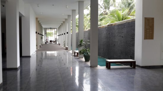 Turyaa Kalutara: Reception area