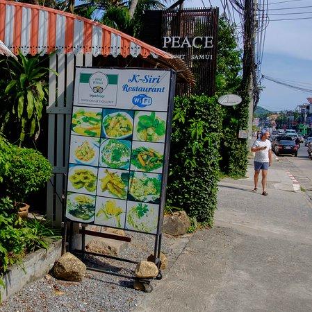 Restaurant K-Siri: Can't miss it. Right next to Peace Resort.