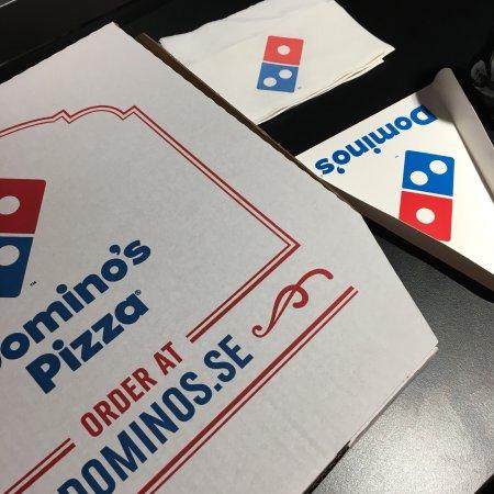 Domino 39 s pizza mobilia malm omd men om restauranger for Mobilia karta