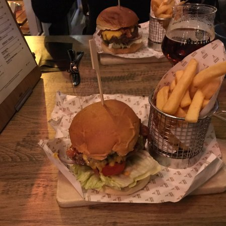 Koepelcafe: Burger