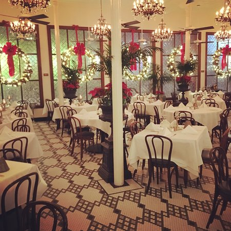 New Orleans Streetwalkers Tours Arnouds Formal Dining Room