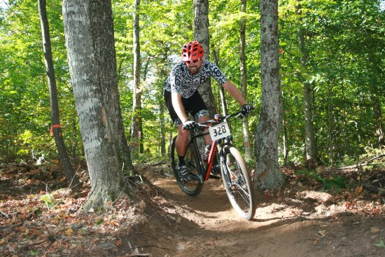 North River, État de New York : We have a network of professionally built single track bike trails.
