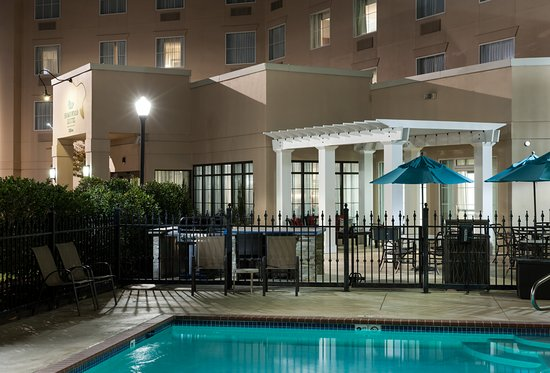 Homewood Suites by Hilton Huntsville-Village of Providence: Outdoor Pool/Patio/BBQ