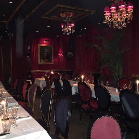 Le Piaf Restaurant Paris Rue Jean Mermoz