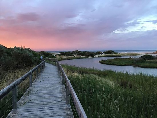 Jetty Caravan Park Normanville: A Sunset worth experiencing