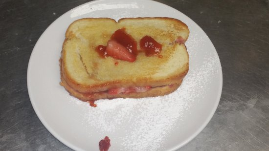 Berkeley Springs, WV: Grilled and Stuffed Peanut Butter and Jelly