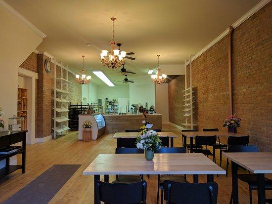 Fort Macleod, Canada: Interior of Bakery