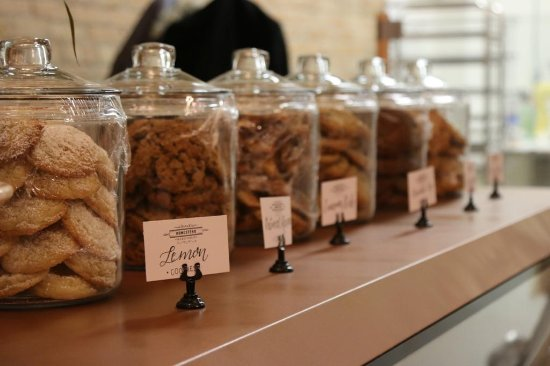 Fort Macleod, Canada: Cookie Jars