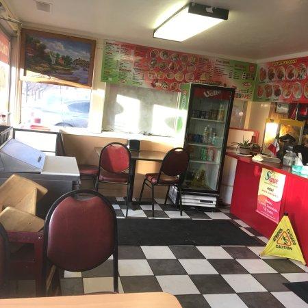 Nephi, UT: Inside counter