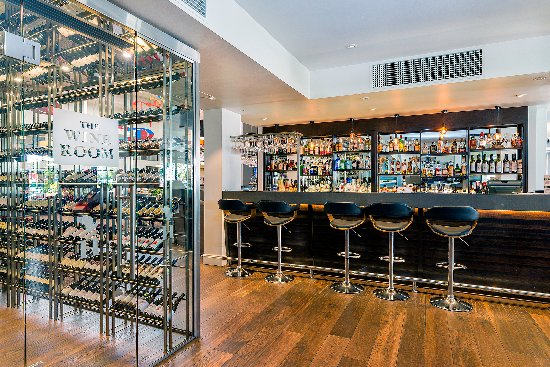 Esplanade Hotel Fremantle - by Rydges: The Harbour Master walk-in wine room and cocktail bar