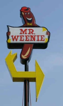 Peru, Индиана: Sign located at Mr. Weenies..you can't miss it