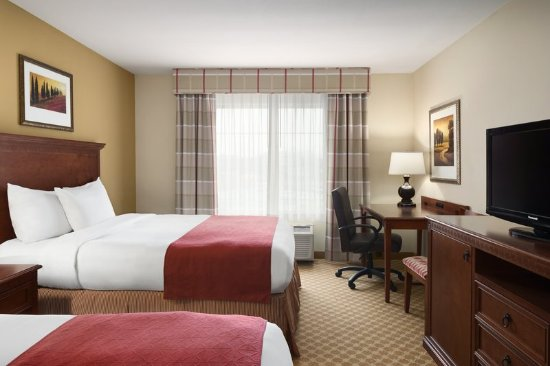 Country Inn & Suites by Radisson, St. Peters, MO: Guest room
