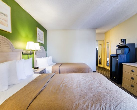 Merriam, Kansas: Guest room