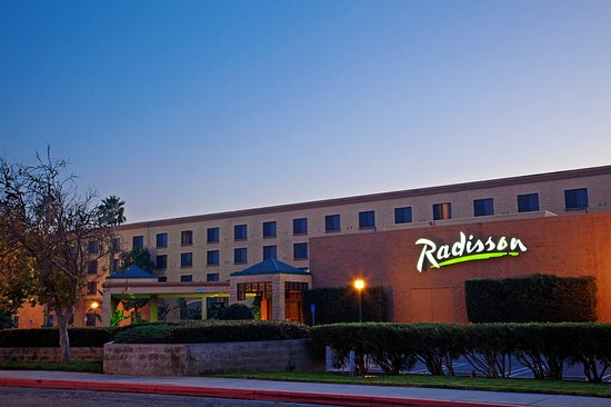 Radisson Hotel Santa Maria