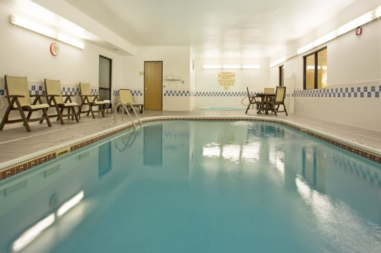 Country Inn Suites By Radisson Temple Tx Pool